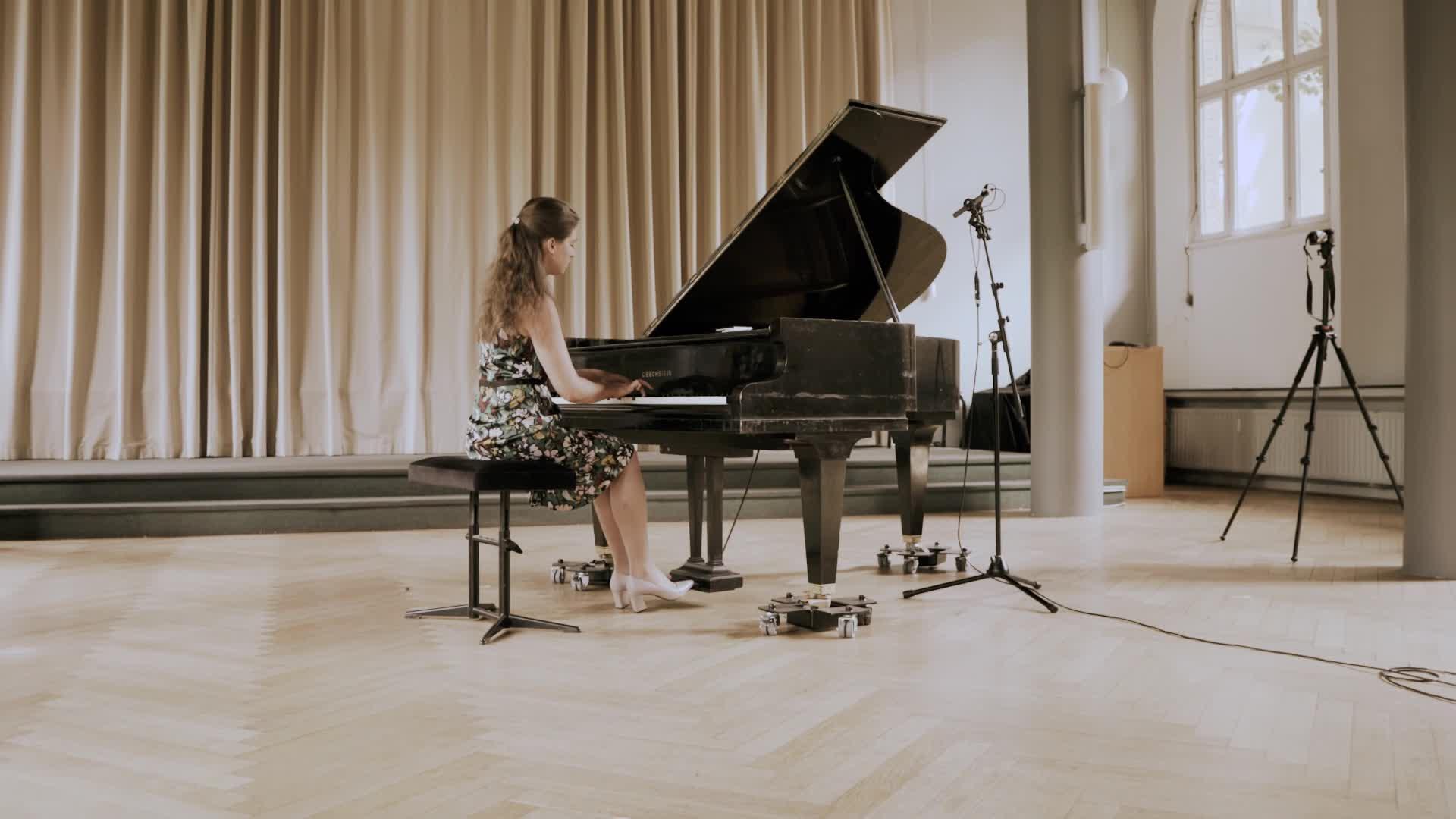 Thumbnail - Mit Musik ist man wieder Mensch - Interaktive Konzerte gegen soziale Isolation